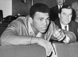Are you a Mulsim? Son of Muhammad Ali detained for two hours at Floridaairport