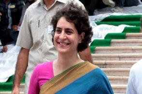 Priyanka Gandhi set to join politics