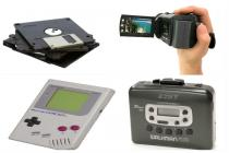 Relive: Cool 90s gadgets in under 1 minute