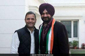 Navjot Singh Sidhu with Rahul Gandhi
