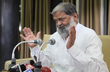 Haryana Health Minister Anil Vij addressing to media during Vidhan Sabha Session in Chandigarh on Wednesday, March 30 2016. Express photo by Jasbir Malhi