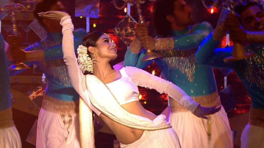 Mouni Roy performing at the grand finale of Bigg Boss 10