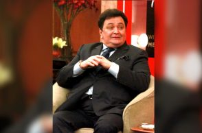 Rishi Kapoor at his book launch (Courtesy: IANS)