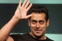 No jail for Salman Khan as court acquits him in Arms Act Case after 19 years