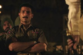 Shahid Kapoor in a still from Rangoon (Courtesy: Twitter/Jαsminα ღ Shαhid)