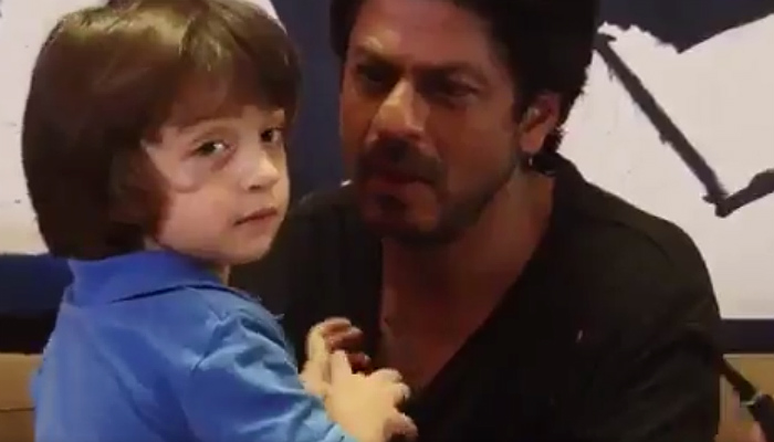 Shah Rukh Khan's long drive with AbRam was nothing but an example of negligence of road safety