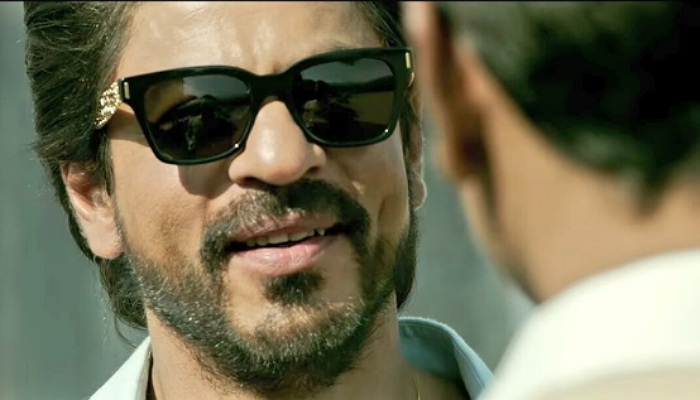 Shah Rukh Khan in Raees (Courtesy: Twitter/@SRK_Chic)