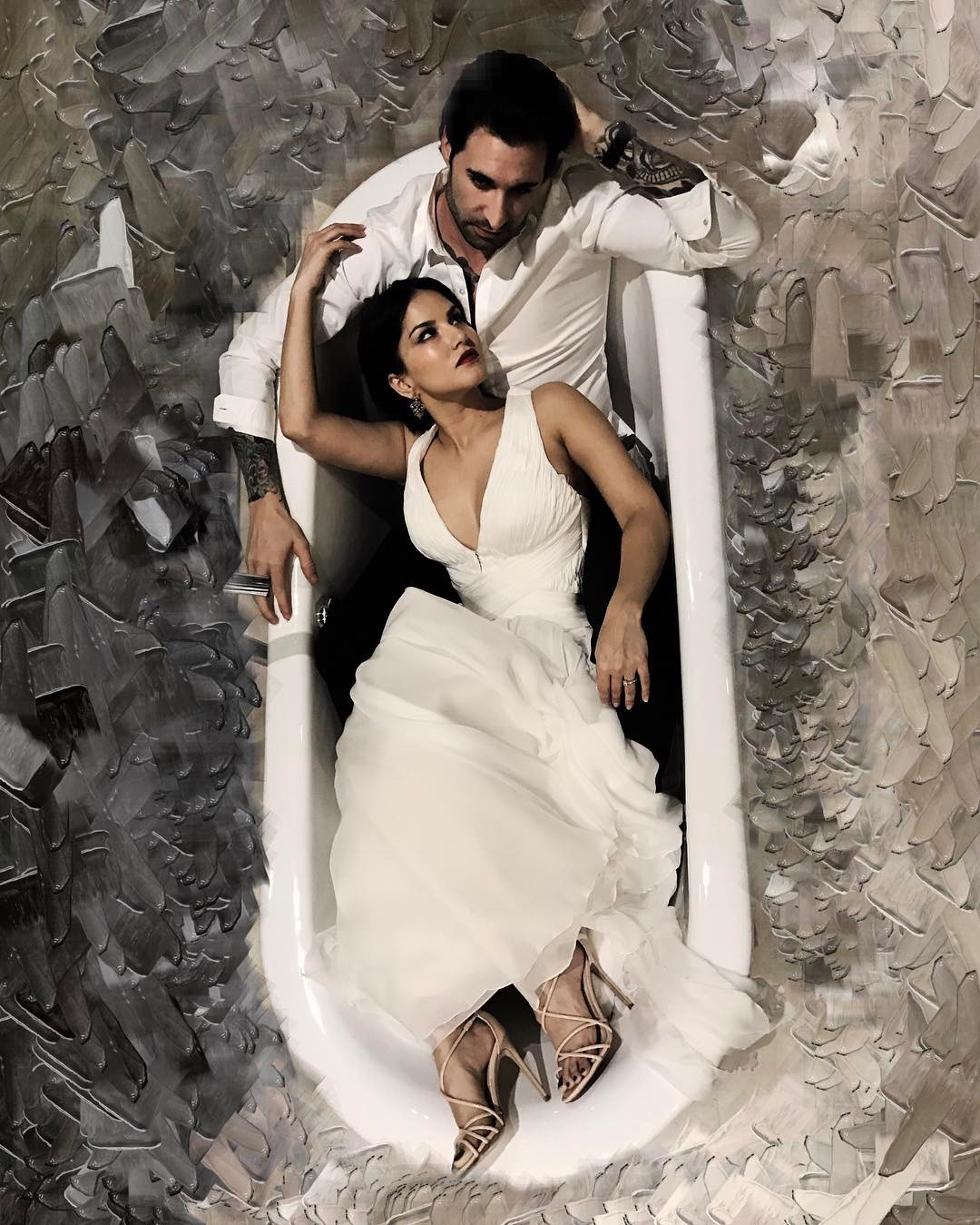Sunny Leone With Hubby Daniel Weber In A Bathtub Is The