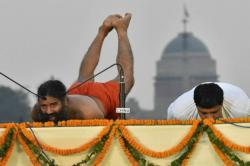 After yoga training, Baba Ramdev to supply BSF troops Patanjali products at discountedprices