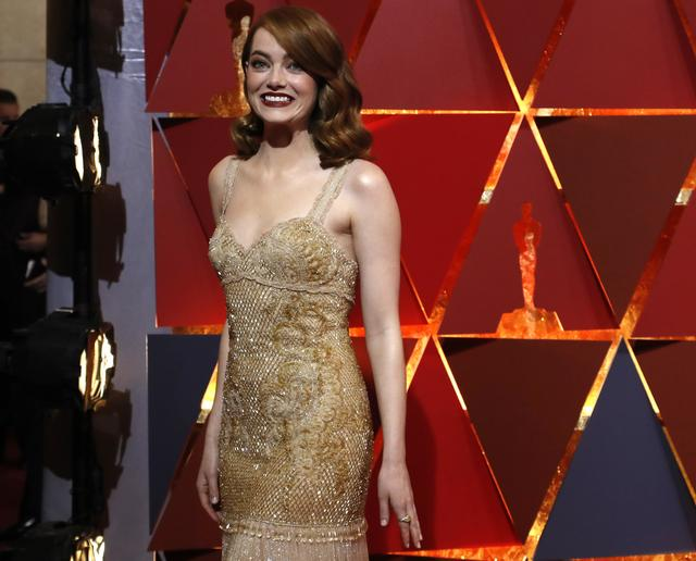 89th Academy Awards - Oscars Red Carpet Arrivals - Hollywood, California, U.S. - 26/02/17 - Emma Stone. REUTERS/Mario Anzuoni