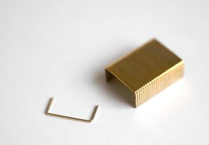 goldplated-staples_1