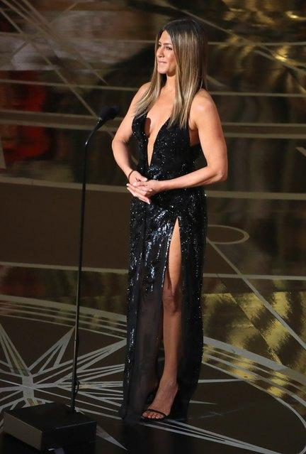 "89th Academy Awards - Oscars Awards Show - Jennifer Aniston introduces the ""In Memoriam"" segment. REUTERS/Lucy Nicholson"