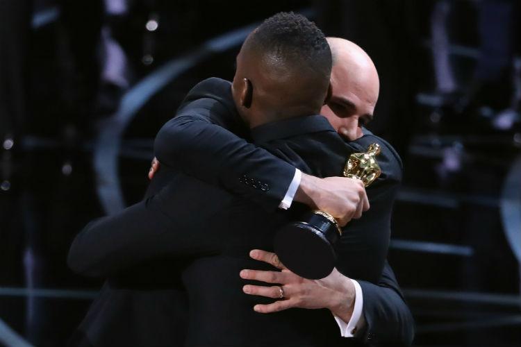 Barry Jenkins Jordan Horowitz Oscars 2017