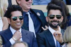 Sachin Tendulkar reckons Virat Kohli from the sweet spot of his bat, advices him to stayawesome