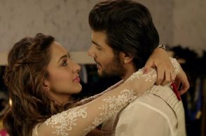 Mustafa and Kiara Advani. YouTube grab/Pen Movies