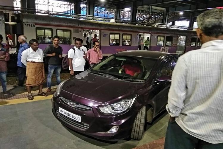 25-year-old drunk cricketer rams vehicle into Andheri railway station platform