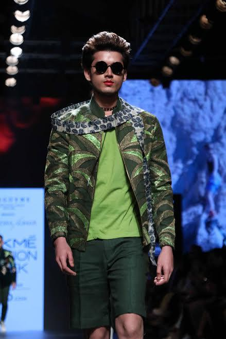 Model shows Narendra Kumar's collection at Lakme fashion Week