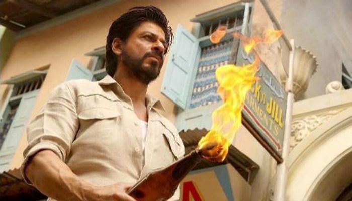 Shah Rukh Khan in Raees (Courtesy: Twitter/BollywoodHungama)