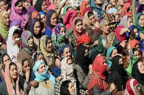 Bijbehara: Women mourn the death of army soldier Ghulam Mohi ud din Rather during his funeral in Panjpora village of Bijbehara in south Kashmir on Friday. Three soldiers including Rather and a woman were killed when militants ambushed a search and cordon team of the army at Mulu Chitragam, Shopian on Thursday. PTI Photo by S Irfan  (PTI2_24_2017_000136A)