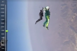 This NO PARACHUTE jump pulled off by veteran skydiver will give you theshivers