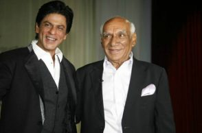 Shah Rukh Khan and Yash Chopra (Courtesy: Indian Express)