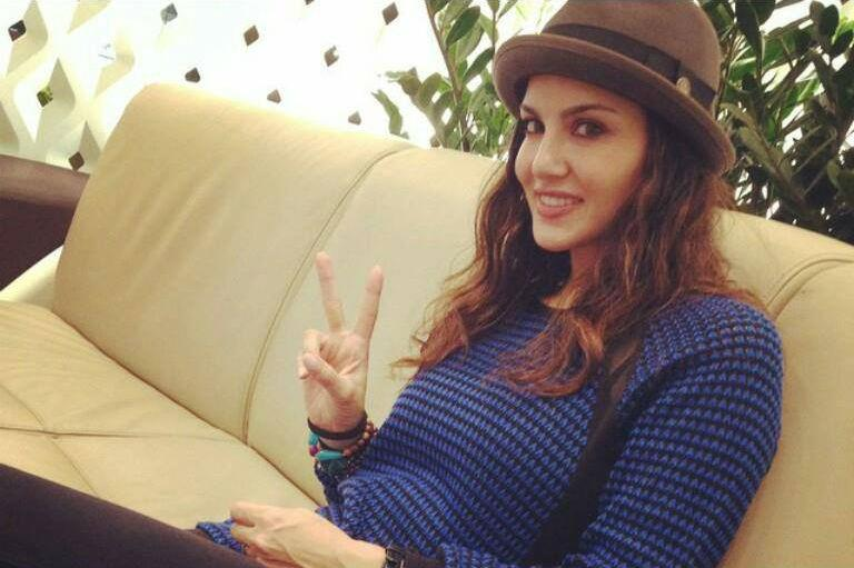 Sunny Leone photos: 50 best looking, hot and beautiful HQ