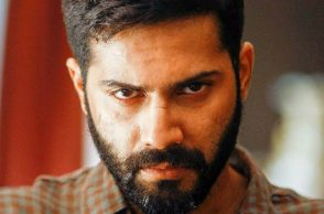 Varun Dhawan in Badlapur (Courtesy: Instagram/ @varundvn.fp)