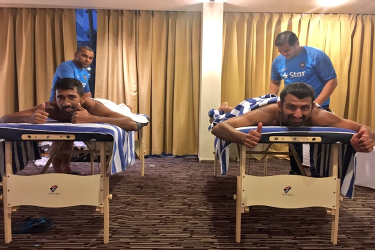Unwind mode! When Cheteshwar Pujara, Wriddhiman Saha got a 'DESERVING' massage
