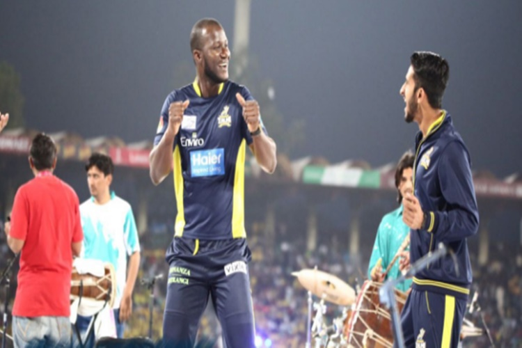 Marlon Samuels' STRANGE wish: I want to join Pakistaniarmy!
