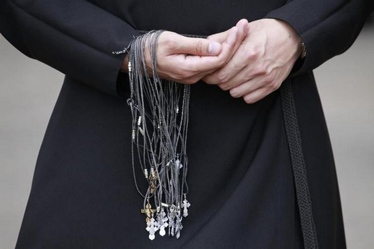 Indian origin Catholic Priest attacked with knife in Melbournechurch