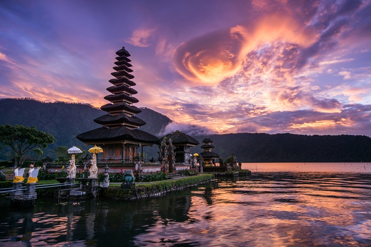 Pura Ulun Danu Batur, Indonesea