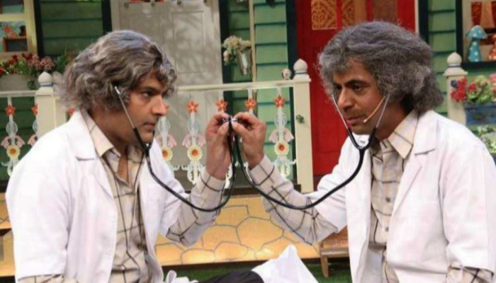 Kapil Sharma and Sunil Grover in a still from The Kapil Sharma Show.