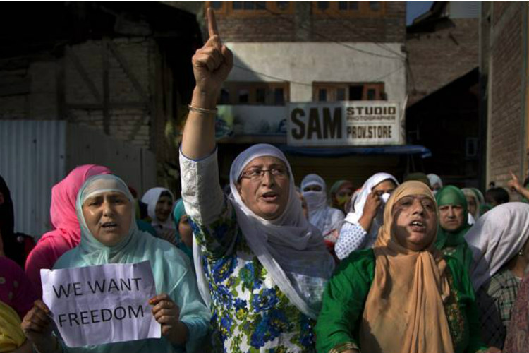This is how women in Kashmir are changing the politics of dissent