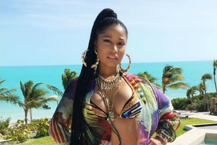 Congratulations Barbz! Nicki Minaj breaks record for Most Billboard Hot 100 Hits by aWoman