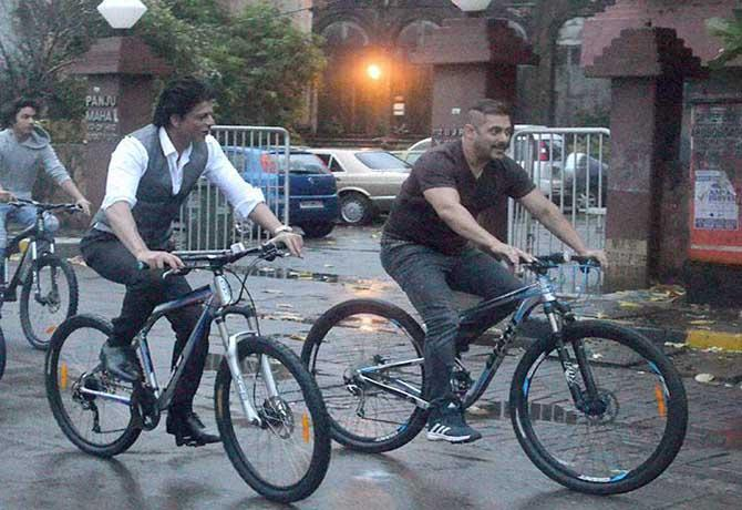 salman-khan-cycle-4
