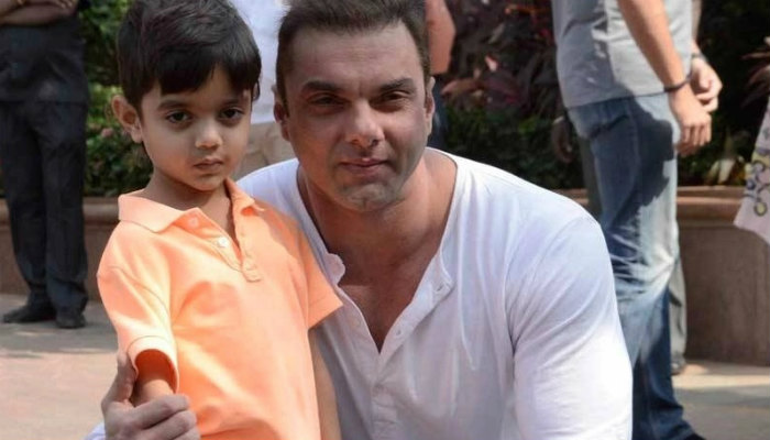 Sohail Khan with his younger son Yohan.