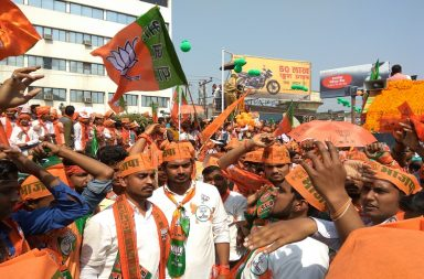 bjp-amit-shah-roadshow-gorakhpur-inuth-photo