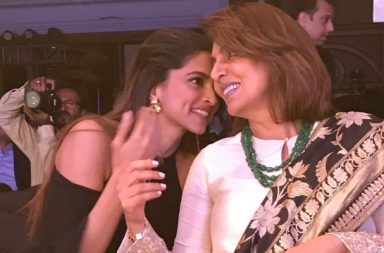 Deepika Padukone and Neetu Singh (Courtesy; Twitter/@htcafe)