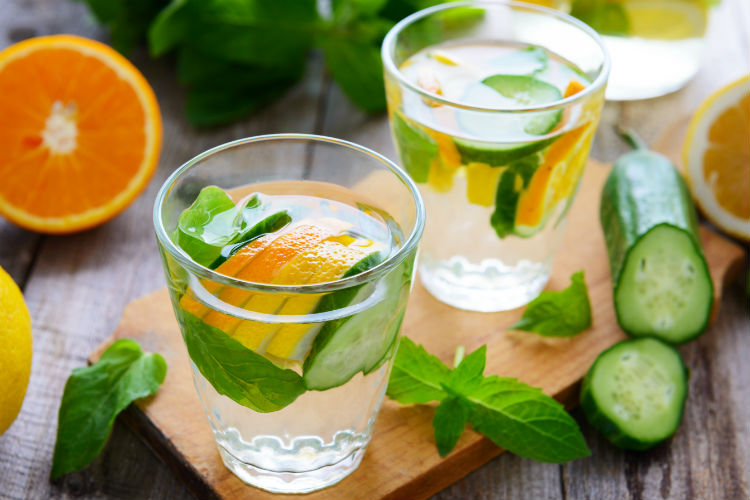 Water way: These 5 tasty detox drinks will help you burn fat and cleanse yourbody