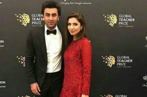 Ranbir Kapoor and Mahira Khan (Courtesy: Instagram/Ranbir Kapoor Universe)