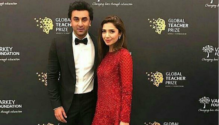 Mahira and Ranbir rub shoulders and we can't stop swooning