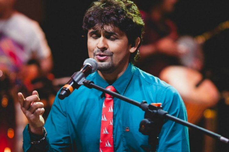 'Noise pollution is slow poisoning': Shiv Sena backs Sonu Nigam's Twitter rant against 'azaan'