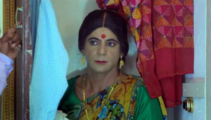 Sunil Grover in a still from the video (Courtesy: YouTube/Elephant Company)