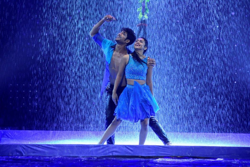 abigail-sanam-perform-on-baarish-song-on-nach-baliye-8
