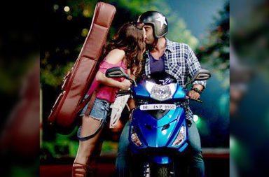 Arjun Kapoor and Shraddha Kapoor in a still from Half Girlfriend. (Courtesy: Twitter/Mohit Suri)