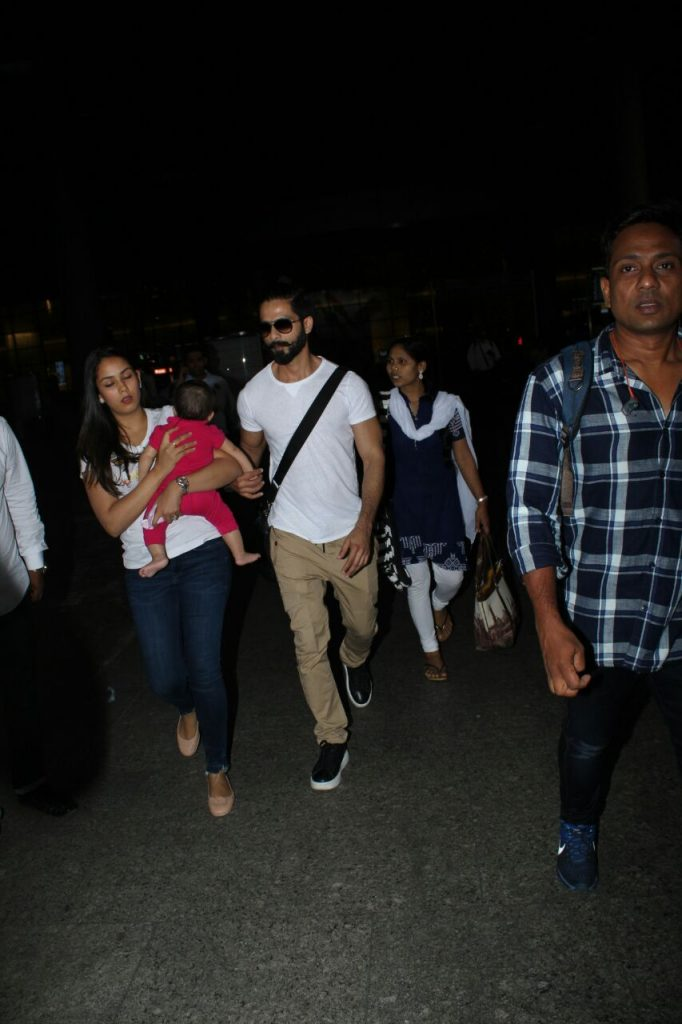 Shahid Kapoor with Mira and Misha
