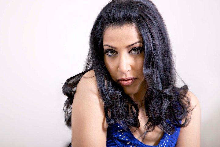 Naomi Zaman represented Pakistan at Miss Earth 2006.