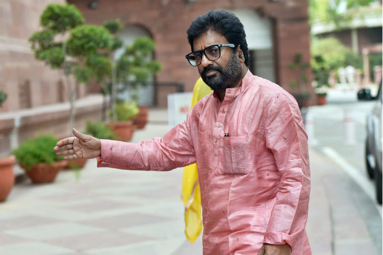 Ravindra Gaikwad booked again! This time it is for misbehaving withcops