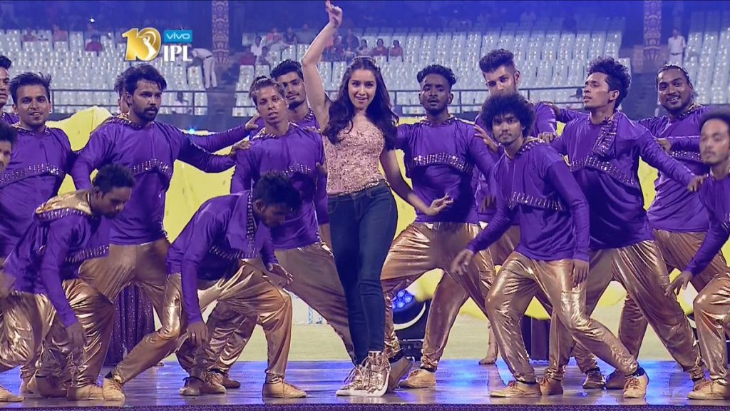 Shraddha Kapoor performs at IPL ceremony in Kolkata (PIC iplt20.com)