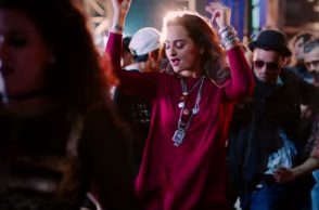 sonakshi-sinha-noor-song-image-for-inuth